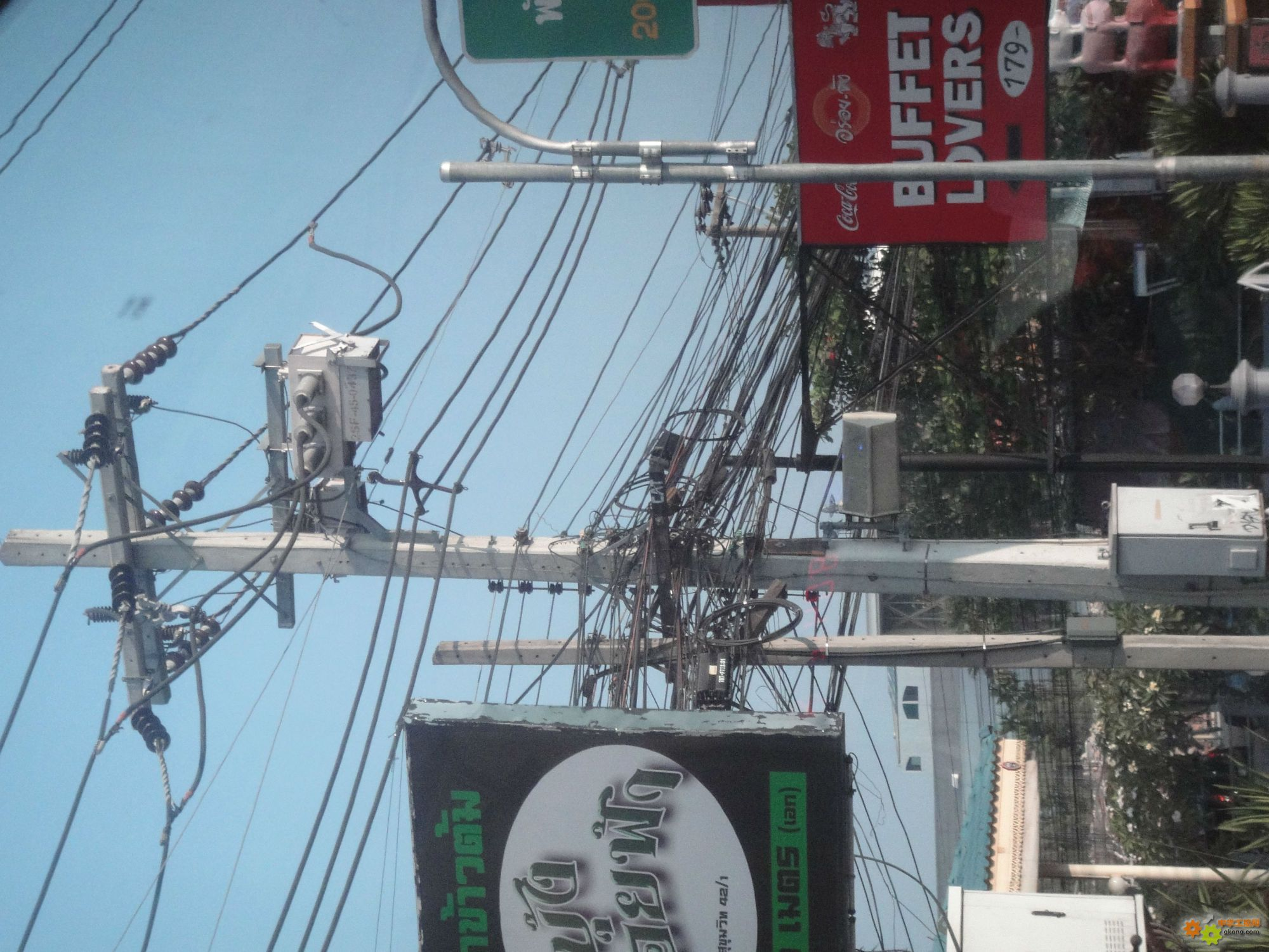 泰国的电线杆子