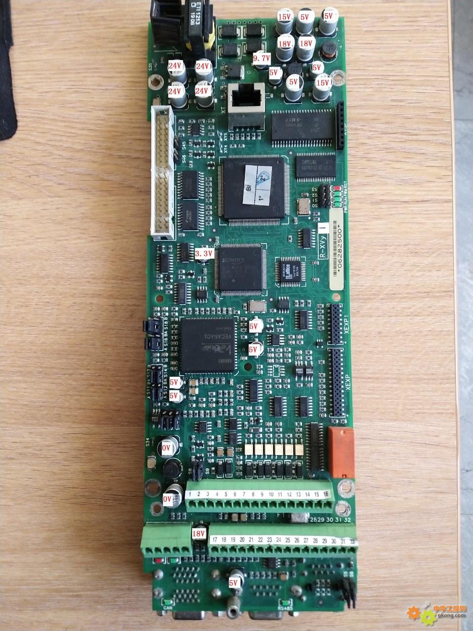 西威XVY5KW驱动器,上电频繁重启维修1例