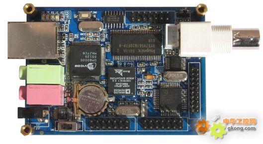 ccd摄像机一个(选配,含配套电源及视频线)    adsp仿真器一台(选配