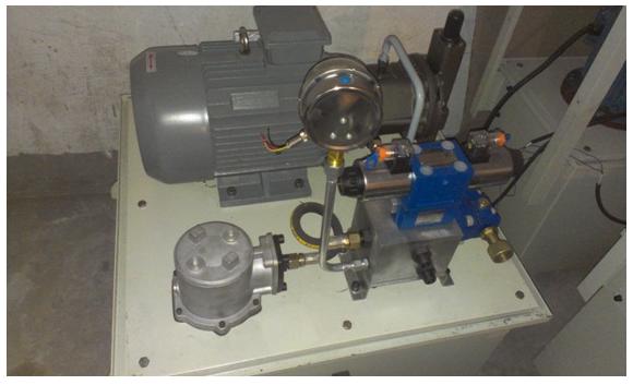 图14.压滤机专用液压系统图片