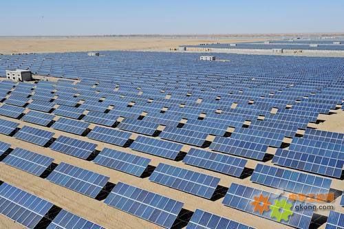 宁夏2500兆瓦沙漠生态光伏电站的建设由