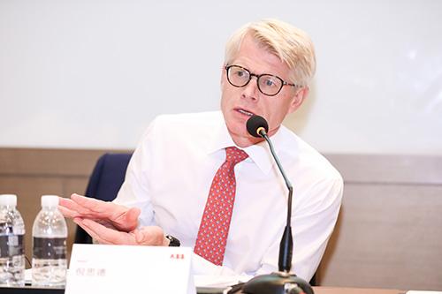 ABB机器人业务全球总裁倪思德先生发言