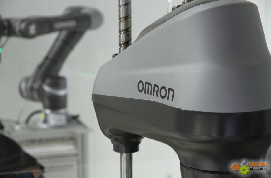 欧姆龙协作机器人9