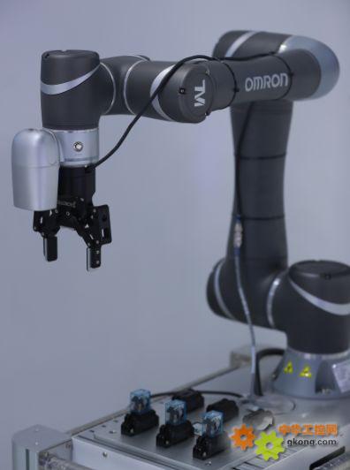 Robot�C器人2