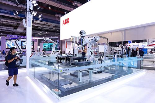 ABB机器人与你一起见证机器人新纪元的开启