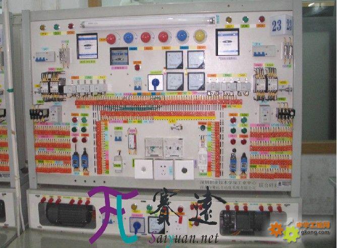 基于上述的端接控制方式中,通过继电器加入一些控制点,而继电器的控制
