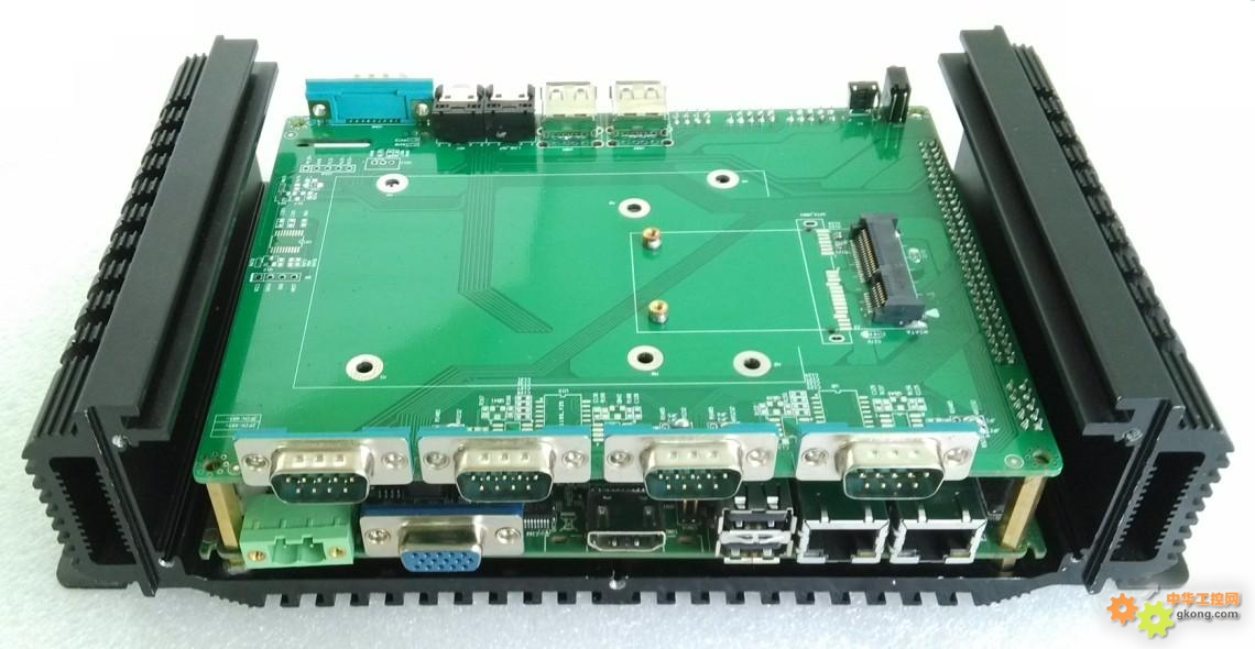 1×hdmi高清显示端口             2×rj45网络端口